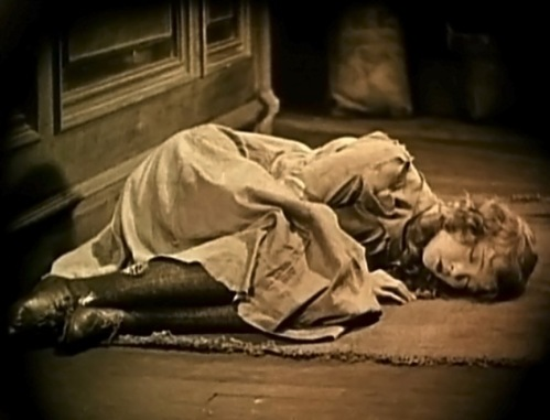 Lillian Gish in Broken Blossoms, dir. by DW Griffiths